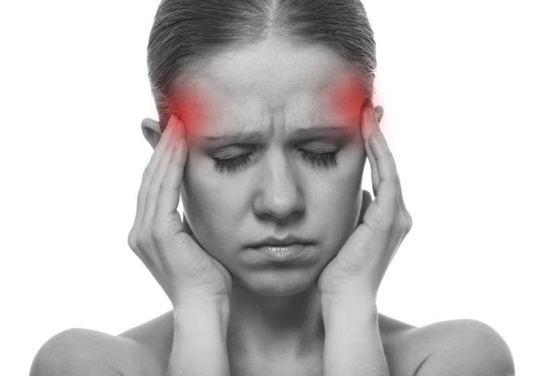 Болит ли голова при коронавирусе: в каком месте, характер боли