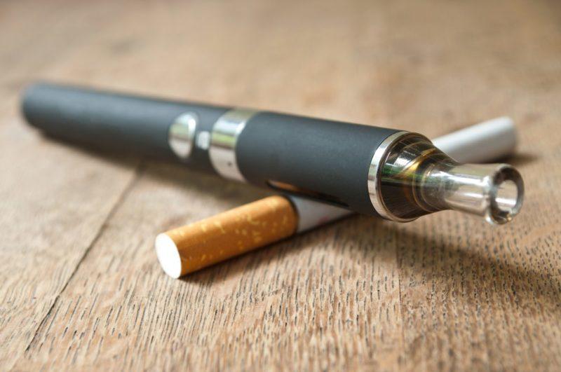 Помогает ли курение от коронавируса: исследование, как влияет